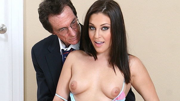 Gracie Glam Fucks Stepdad For A Euro Trip